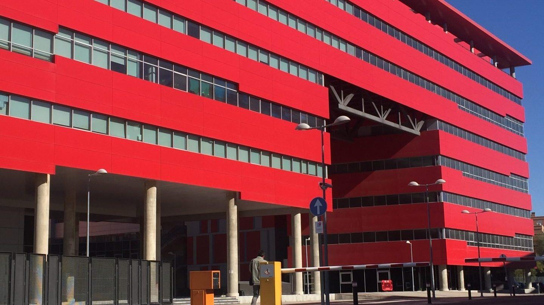 Edificio donde se ubica la clínica iDental en Rivas Vaciamadrid.