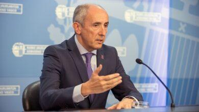 """El Gobierno vasco reprocha a Puigdemont que relacione el 155 con los """"1.000 muertos"""" en Euskadi"""
