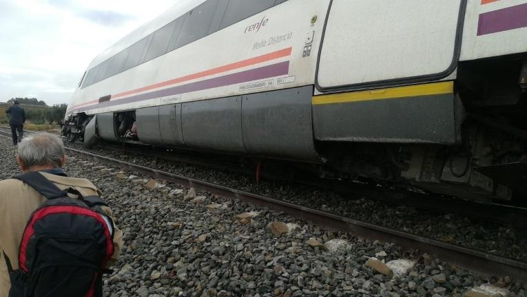 El tren que ha descarrilado entre Sevilla y Málaga.