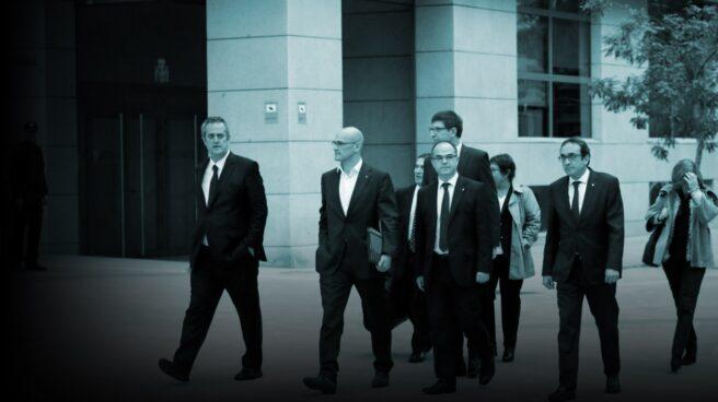 Los ex consejeros Forn, Romeva, Mundó, Turull y Rull a su llegada a la Audiencia Nacional para declarar ante la magistrada Carmen Lamela.