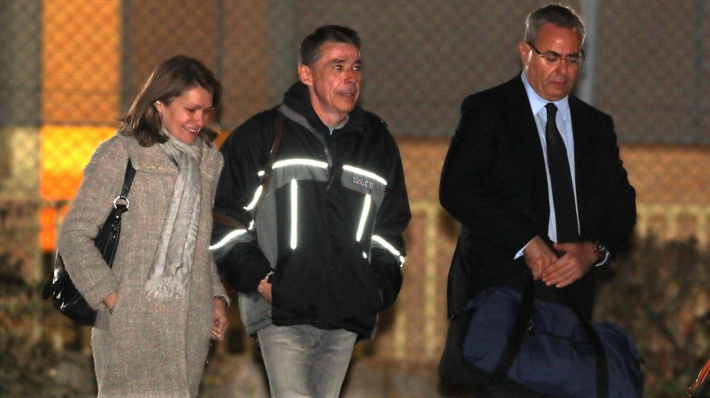 El expresidente de la Comunidad de Madrid Ignacio González, a su salida de la madrileña cárcel de Soto del Real.
