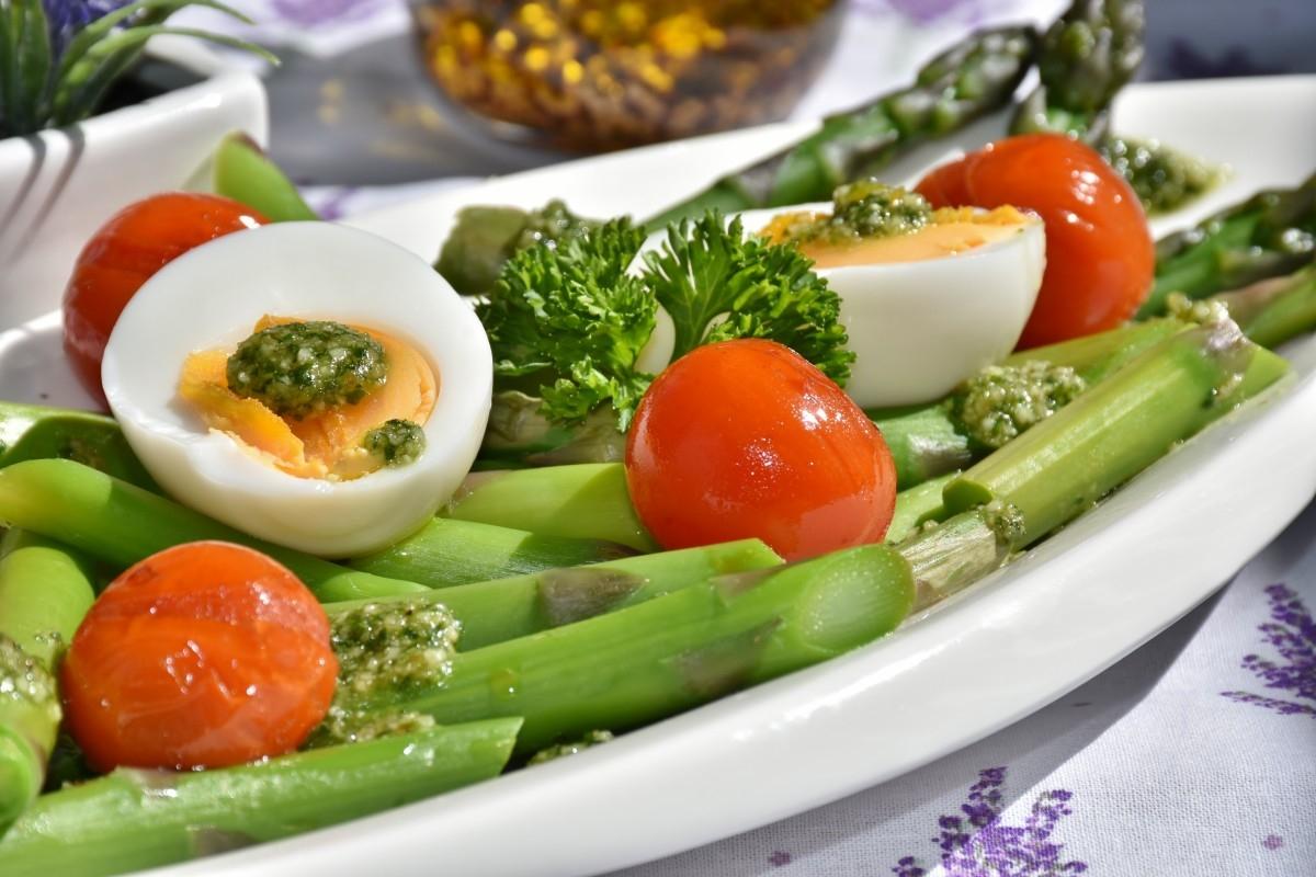 La dieta mediterránea reduce el riesgo de cáncer de próstata agresivo.