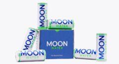 Moonwater, refrescándose a la luz de la luna