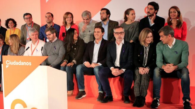 Albert Rivera e Inés Arrimadas junto a los miembros del Comité Ejecutivo Nacional.