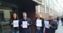 Representantes de los sindicatos UGT, CCOO, CSI-F y STEs, de la Enseñanza.