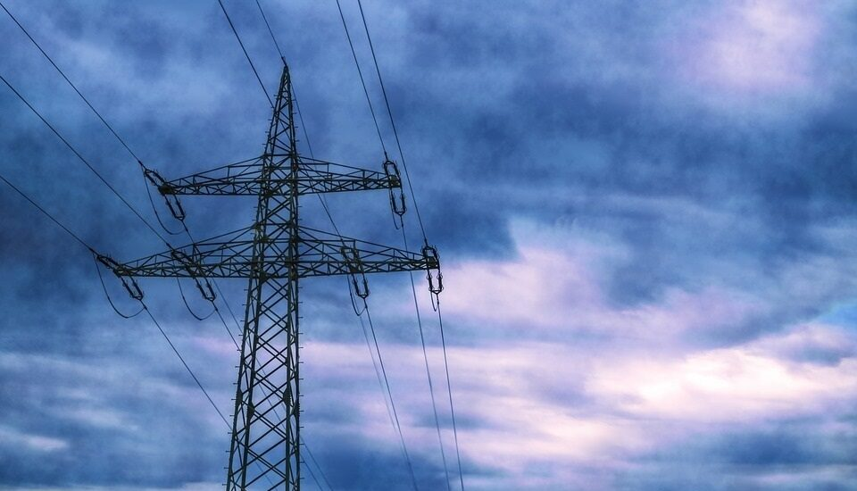 Torre de electricidad del tendido eléctrico español