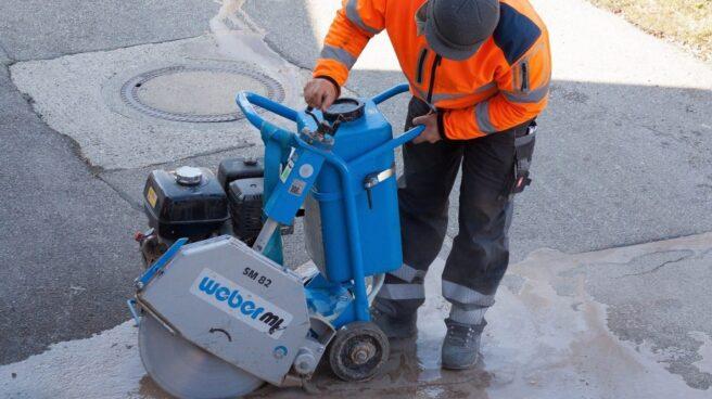Trabajador empleado en unas obras de reparación.
