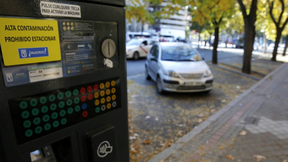 El Ayuntamiento de Madrid prohíbe aparcar en el centro este sábado.