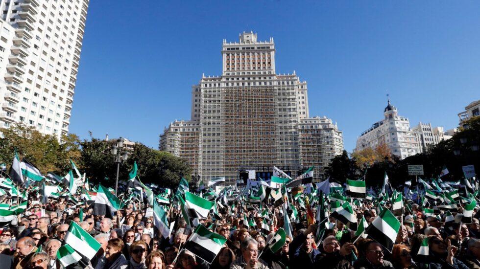 Manifestación por un tren digno para Extremadura en Madrid.