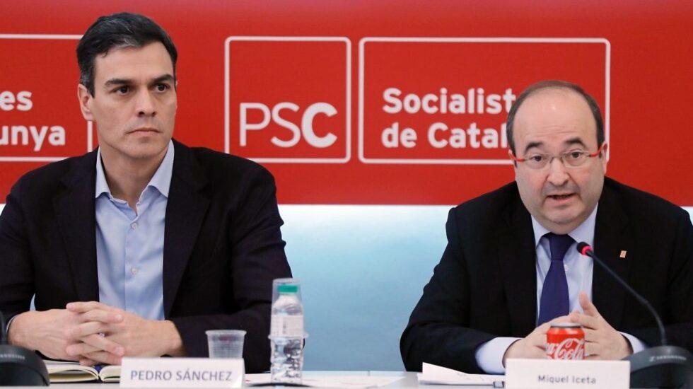 Pedro Sánchez y Miquel Iceta durante una reunión de la Ejecutiva del PSC.