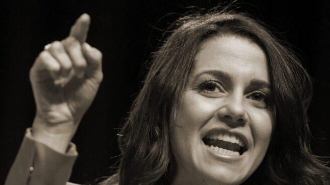 La líder de Ciudadanos, Inés Arrimadas, en un mítin de campaña.