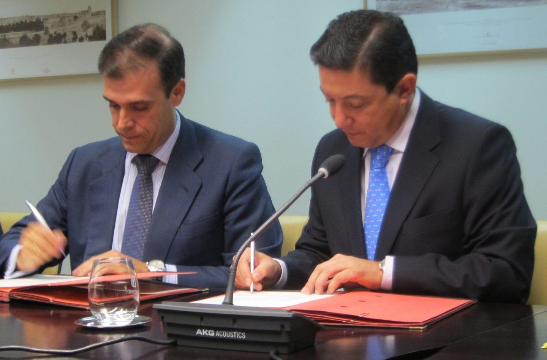 Arturo Canalda y Pedro Calvo, dos de los ex altos cargos de la Comunidad de Madrid imputados por la compra de la empresa colombiana Inassa.