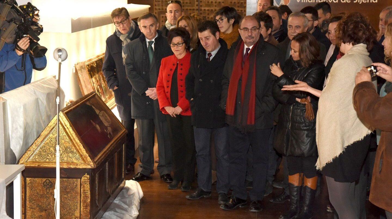 El presidente de Aragón, Javier Lambán, visita el Monasterio de Sijena.