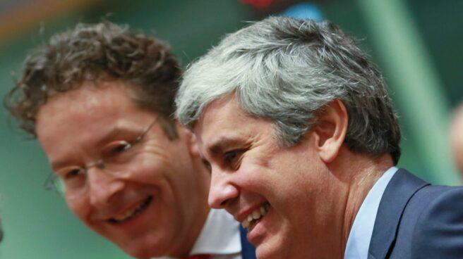 Jeroen Dijsselbloem junto Mário Centeno.
