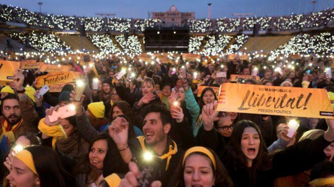 Concierto por la libertad de los presos en el Estadio Olímpico de Barcelona.