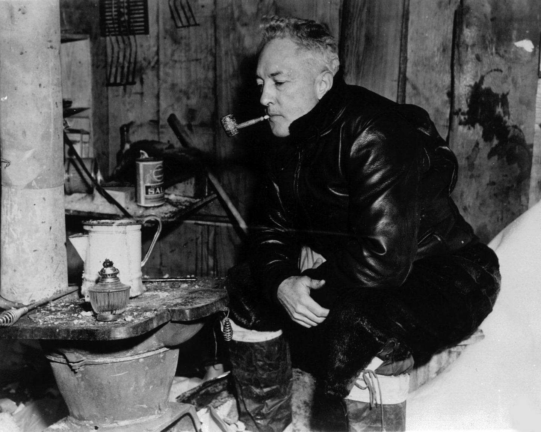 Imagen del aventurero Richard Byrd en una de sus expediciones en la Antártida.