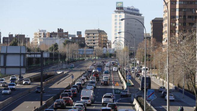 Madrid mantiene la reducción de velocidad pero se podrá aparcar en el centro de la ciudad