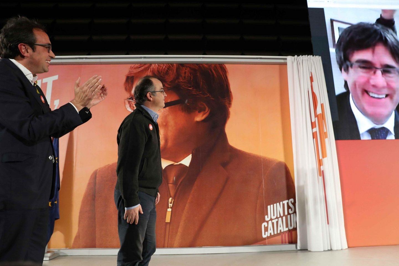 Los ex consellers Turull y Rull, en videoconferencia con Puigdemont.