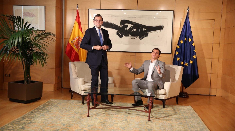 Rajoy y Rivera se reúnen en la Moncloa.