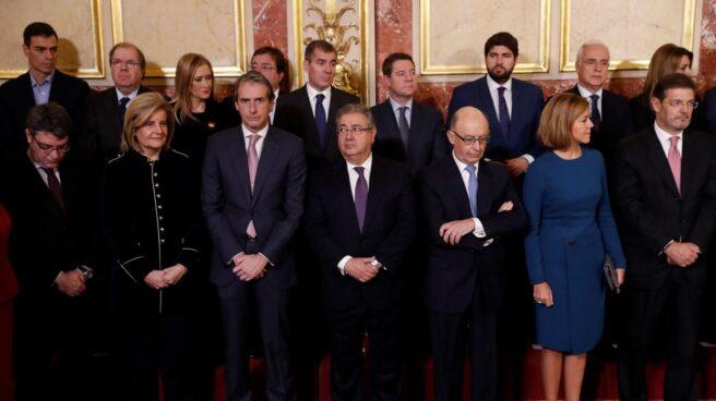 Foto de los asistentes a la recepción que se celebra en el Congreso de los Diputados con motivo del Día de la Constitución.