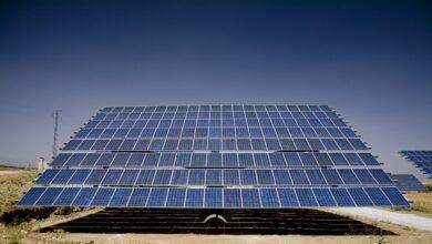 El Gobierno ofrece un pacto para cerrar todos los pleitos millonarios por los recortes a renovables