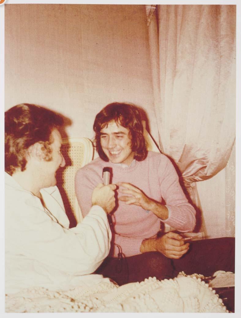 Luis del Olmo entrevistando a Serrat