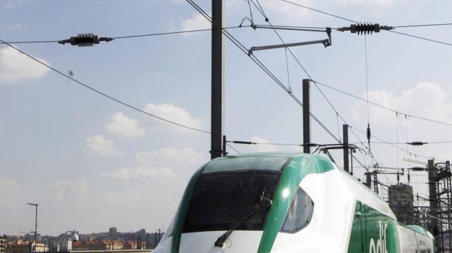 Tren de Adif, estacionado.