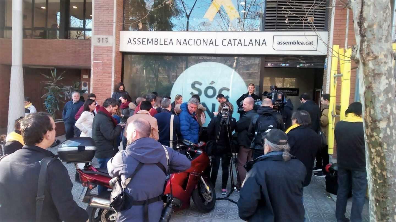 Registro de la Guardia Civil de la sede de la ANC en Barcelona.