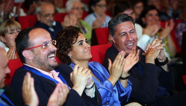 García Albiol con dos de sus posibles sucesores, Alejandro Fernánez y Dolors Montserrat