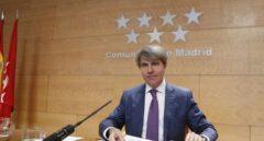 El consejero de Presidencia y presidente del Canal de Isabel II, Ángel Garrido, en una comparecencia pública.
