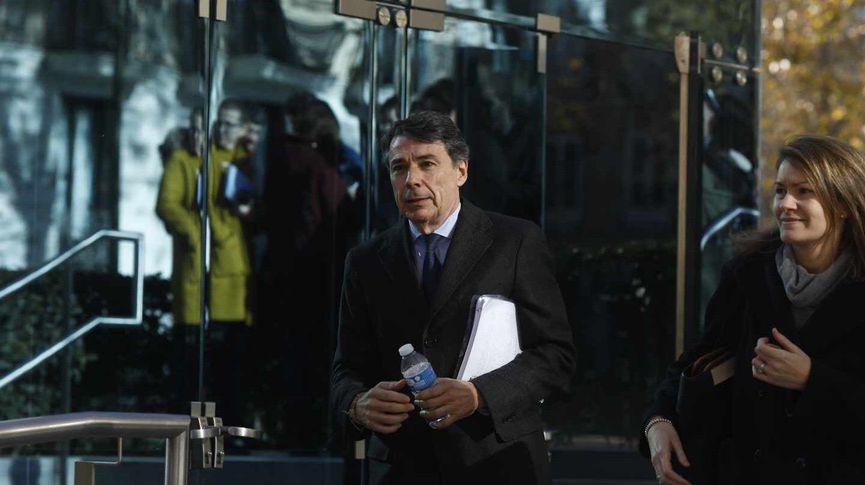 El ex presidente de la Comunidad de Madrid Ignacio González, dirigiéndose a la Audiencia Nacional a declarar.