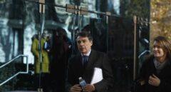 Un directivo de Cuatrecasas admite que González encargó a su cuñada el informe del Canal