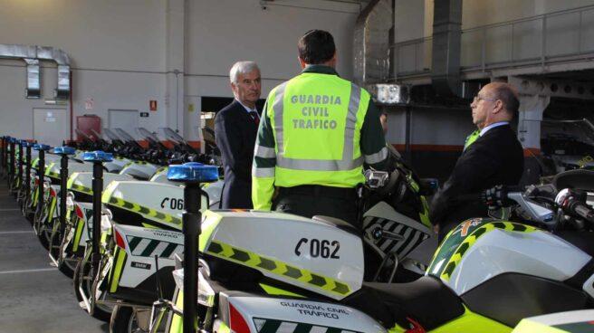 Motocicletas de la Agrupación de Tráfico de la Guardia Civil en Zaragoza.