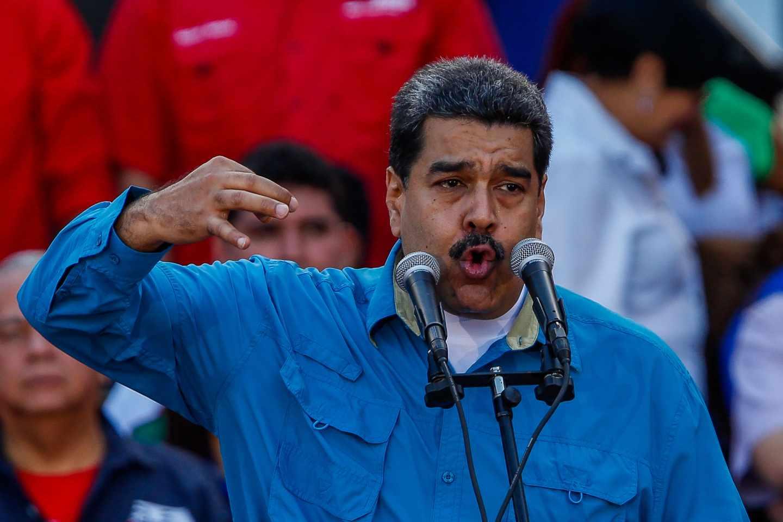 El presidente venezolano, Nicolás Maduro, ante sus seguidores.