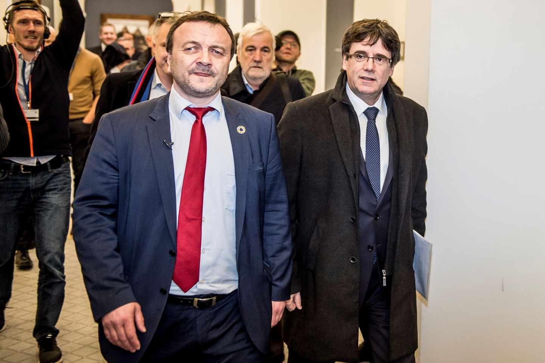 Carles Puigdemont, en Copenhague junto a Magni Arge, de las Islas Feroe.
