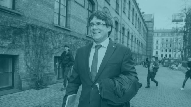 Carles Puigdemont pasea por las calles de Copenhague.