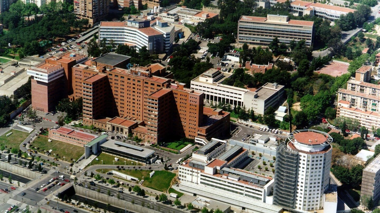 Vista aérea del hospital Vall d'Hebron en Barcelona, el mejor de España en oncología según el IEH 2017.