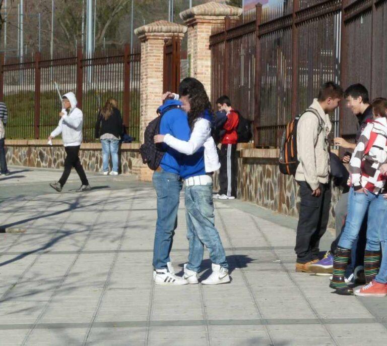 Cataluña prepara el acceso de los institutos al expediente de vacunación de los adolescentes
