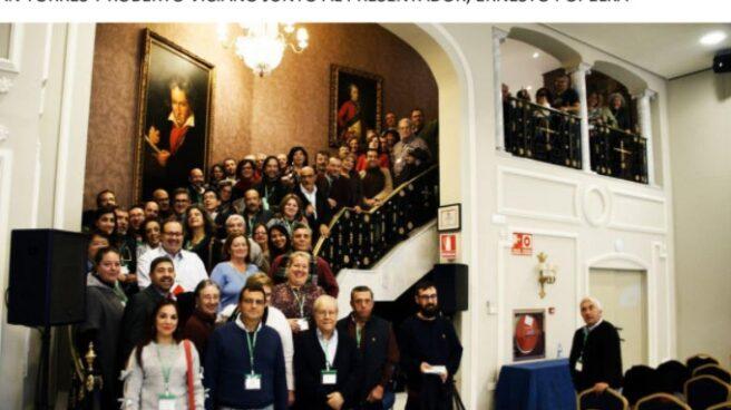 Los concejales de 'Municipalismo en Común', durante su reunión en Fuengirola el sábado.