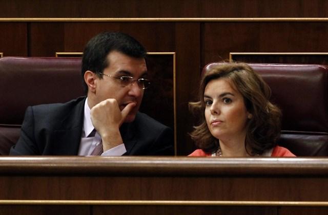 José Luis Ayllón junto a Soraya Sáenz de Santamaría