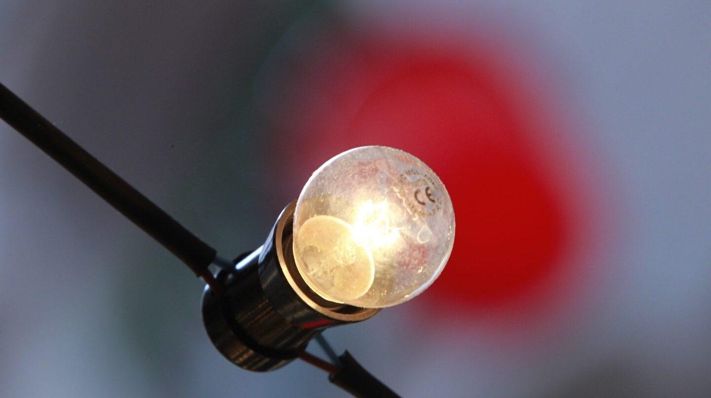 El recibo de la luz sube entre un 9 y un 10% en 2017.