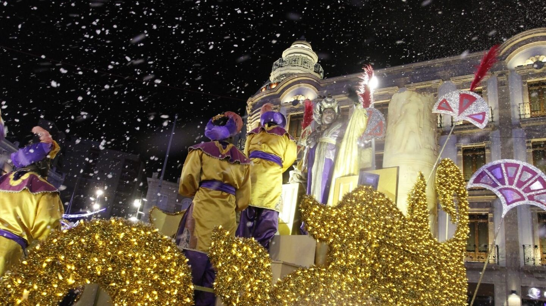 Consejos para acudir con niños a la cabalgata de Reyes Magos y evitar problemas.