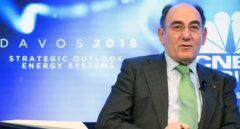 """Galán pide en Davos que se haga """"política energética y no política con la energía"""""""