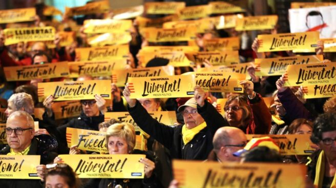 Concentración convocada para apoya a Junqueras en Barcelona.