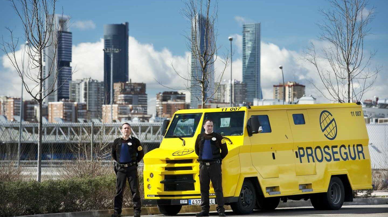 Camiones para el transporte de efectivo de Prosegur.