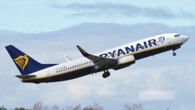 La dimisión de la directora de Trabajo por el sindicato de prostitutas aplaza la reunión de Ryanair y sus azafatos
