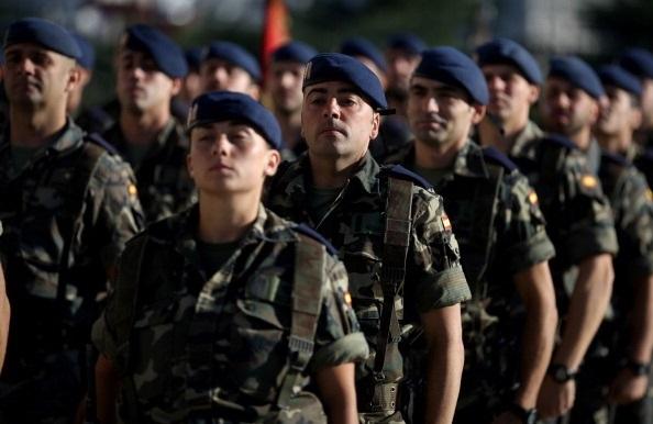 Los militares de Tropa y Marinería deben abandonar las Fuerzas Armadas a los 45 años si no consiguen plaza fija.