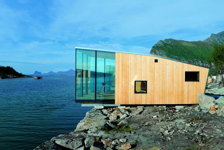 Cuatro casas que se cuelgan sobre el mar, son las habitaciones de este resort del norte del país. Foto: Siggen Stinessen