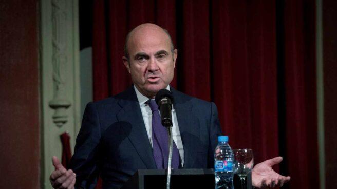 Moody's advierte de que la crisis catalana y la elevada deuda amenazan la solidez de España.