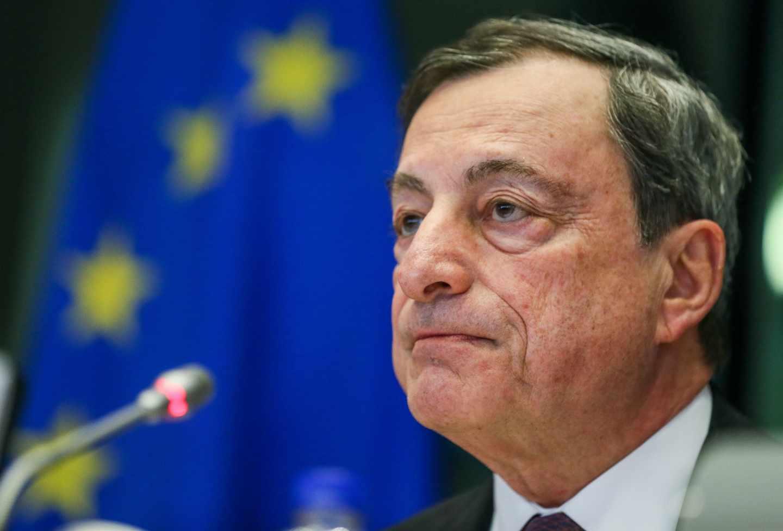 """Draghi, sobre Guindos: """"La independencia del BCE está garantizada más allá de las personas""""."""